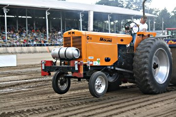 6500 Outlaw Tractors